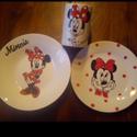 Minies porcelán étkészlet, Baba-mama-gyerek, Baba-mama kellék, Festészet, Porcelán festékkel festem a gyerekek kedvencét Minit és Mickeyt is.Be vannak égetve így nagyon jól ..., Meska