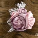 Annabelle menyasszonyi csokor és kollekció, Esküvő, Esküvői csokor, Hajdísz, ruhadísz, Esküvői ékszer, Virágkötés, A kollekció tartalmaz egy menyasszonyi csokrot, egy vőlegény bokrétát, 2 tanú bokrétát, 3 koszorúsl..., Meska