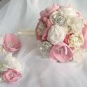 Rózsaszín, törtfehér, krém színű esküvői, menyasszonyi csokor, Esküvő, Esküvői csokor, Esküvői dekoráció, Virágkötés, Varrás, Dora kollekció  A csokor szaténból, tüllből, organzából, csipkéből áll, gyöngyökkel és strasszokkal..., Meska