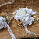 Romantikus szett, Esküvő, Baba-mama-gyerek, Hajdísz, ruhadísz, Esküvői csokor, Virágkötés, Romantikus hangulat ihlette ezt a három darabos szettet.  Ebből a szettből csak a képeken látható d..., Meska