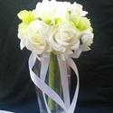 Dobó csokor, Esküvő, Esküvői csokor, Virágkötés, Ez a dobó csokor fehér -zöld,de Te olyan színben kérheted,amilyen a menyasszonyi csokor.Ebben az ár..., Meska