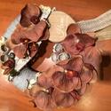 Barna orchidea kopogtató, ajtódísz, Dekoráció, Otthon, lakberendezés, Dísz, Virágkötés, Meseszép barnás selyem orchidea fejekből készítettem kopogtatót, szürke pamut anyaggal bőségesen be..., Meska