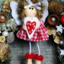 Karácsonyi Angyalka  ... ajtódísz, kopogtató, téli dekoráció, Dekoráció, Ünnepi dekoráció, Virágkötés, Nyírfaágakból készítettem a dísz alapját. Zuzmóval, tobozokkal, makkokkal, eukaliptusz termésekkel,..., Meska