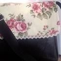 TÁSKA csipkével,és rózsákkal:-), Táska, Baba-mama-gyerek, Ruha, divat, cipő, Válltáska, oldaltáska, Varrás, Textilbőr,és mintás vászon kombinációja egy kis csipkével.:) Bélelt,belül két rávarrt zseb találhat..., Meska