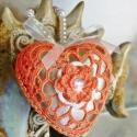 Narancssárga-arany horgolt szív alakú dekoráció, Karácsonyi dísz, Dekoráció, Karácsonyi, adventi apróságok, Karácsonyfadísz, Karácsonyi dekoráció, Horgolás, Romantikus és különleges horgolt szív alakú dísz, élénk narancssárga színben. Azoknak ajánlom akik ..., Meska