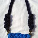 Kétféle kék nyaklánc és szett, Ékszer, óra, Baba-mama-gyerek, Ruha, divat, cipő, Nyaklánc, Csomózás, Ékszerkészítés, Kb 4-5mm-es világos és sötét kék zsinórból készült csomózott nyaklánc .. Kérhető kis csomó fülbeval..., Meska