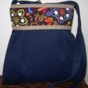 ÚJ KOLLEKCIÓ: City bag :Kék kord táska  virágokkal, Táska, Ruha, divat, cipő, Varrás, Ő már elkelt,de tudok még hasonlót készíteni! :)  Kedvenc városba járós,rohangálós táskáim többsége..., Meska