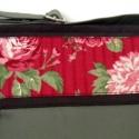 ÚJ KOLLEKCIÓ: City bag : Romantikus rózsás táska -zöld- rendelhető, Táska, Ruha, divat, cipő, Varrás, Kedvenc városba járós,rohangálós táskáim többsége ilyen, ők adták az ihletet: pont elég nagy,és prak..., Meska