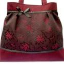 Óóóóóóóriási kedvezmény a kifutó táskákra!!!! Bordó virágok feketével, Táska, Ruha, divat, cipő, Varrás, ÓRIÁSI KEDVEZMÉNY!!!!!!!!!! RÉSZLETEK BOLTUNK OLDALÁN! NE HAGYD KI :))   Ezt a gyönyörű virágos bet..., Meska