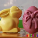 Húsvéti Nyuszi és Tojás, Szépségápolás, Baba-mama-gyerek, Szappan, tisztálkodószer, Szappankészítés, Ezek a szappankák tökéletes ajándékok lehetnek szeretteidnek.  Húsvéti Nyuszi és legjobb barátja To..., Meska