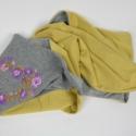 Könnyű esésű tavaszi jersey körsál  - sárga, lila, szürke - hosszú, 3x tekerhető, Ruha, divat, cipő, Magyar motívumokkal, Női ruha, Hímzés, Varrás, Gyönyörű, kézzel hímzett tavaszi körsál.  ¤ anyaga: sárga és melír szürke viszkózjersey ¤ hímzés: l..., Meska