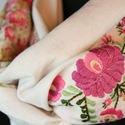 Len körsál - voile háttérrel - natúr - rózsaszín apró virágos - nyári, Ruha, divat, cipő, Kendő, sál, sapka, kesztyű, Sál, Hímzés, Varrás, Gyönyörű, kézzel hímzett körsál.  ¤ anyaga: natúr színű len, apró virágmintás voile háttérrel  ¤ hí..., Meska