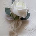Tanú esküvői  kitűző, Esküvő, Esküvői csokor, Virágkötés, Krémszínű habrózsából, rózsalevéllel, pici tüllel és pamutcsipkével kiegészítve készült ez a kitűző..., Meska