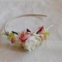 Fehér rózsás koszorúslány hajpánt, Esküv?, Hajdísz, ruhadísz, Virágkötés, Fehér rózsa és apró rózsaszin? virágok diszitik ezt a kedves koszorúslányoknak való hajpántot. Kérh..., Meska