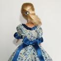 Barbie ruha - Virágos, Játék, Ruha, divat, cipő, Baba, babaház, Baba játék, Varrás, Fehér alapon kék virágos anyagból készült, díszítése szatén szalag. Hátul a masni rögzített, tépőzá..., Meska