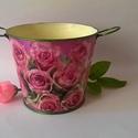 Rózsás álom kaspó, Dekoráció, Otthon, lakberendezés, Dísz, Kaspó, virágtartó, váza, korsó, cserép, Decoupage, szalvétatechnika, Festett tárgyak, Rózsás álom kaspó egy igazi kuriózum a rózsák kedvelőinek amely élénk pink színével szebbé teszi az..., Meska