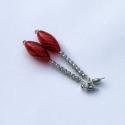 Akció! Fekete - fehér csíkos piros fülbevaló, Ékszer, óra, Fülbevaló, Ékszerkészítés, Akció! 1200,- helyett 750,-!  Különleges piros alapon fekete - fehér csíkos hosszúkás üvegfúvással ..., Meska