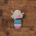 Zoknibaba - Waldorf manó - fehér hajú manólány , Játék, Baba-mama-gyerek, Képzőművészet, Baba-és bábkészítés, Varrás, Waldorf jellegű textilbaba pink-zöld csíkos zoknitesttel. A feje gyapjúból készült, tradicionális W..., Meska