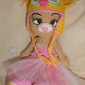 Horgolt babajáték (cica), Játék, Baba játék, Horgolás, Akril és pamutfonalból készült horgolt cica. A sapkája levehető. Mérete - 28 cm. , Meska