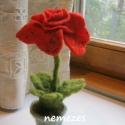 nemez vörös  rózsa, Dekoráció, Otthon, lakberendezés, Dísz, Kaspó, virágtartó, váza, korsó, cserép, Nemezelés, Azt gondolom, egy készített virág - bármiből legyen is - nem veszi fel a versenyt a valódival. Mégi..., Meska
