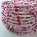Rózsaszín gyöngyös karkötő, Ékszer, óra, Mindenmás, Ruha, divat, cipő, Karkötő, Ékszerkészítés, Gyöngyfűzés, Rózsaszín,mályva,piros,stb.színű különböző méretű és formájú  gyöngyökből 10 sorban memóriadrótra ké..., Meska