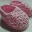 Rózsaszín horgolt babacipő, Baba-mama-gyerek, Ruha, divat, cipő, Cipő, papucs, Horgolás, A legkisebbeknek horgolni öröm. Rózsaszín akril fonalból készült ez a horgolt kis cipő.  Méret: 0-6..., Meska