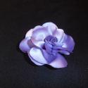 Lila virág kitűző, Otthon, lakberendezés, Esküvő, Ruha, divat, cipő, Varrás, Lila színű virág kitűző brosstűvel ellátva zakóra,ruhára,táskára,lakás dekorációnak. Mérete:8 cm Be..., Meska