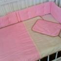 Rózsaszín pöttyös ágyneműszett babáknak, gyerekeknek, Baba-mama-gyerek, Gyerekszoba, Falvédő, takaró, Festett tárgyak, Mindenmás, Vidám pöttyös textilből készített, baba- gyerektakaró és párna. Két finom, pamutréteg között puha fl..., Meska