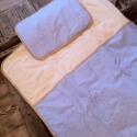 Kék pöttyös ágyneműszett babáknak, gyerekeknek, Baba-mama-gyerek, Gyerekszoba, Falvédő, takaró, Festett tárgyak, Mindenmás, Vidám pöttyös textilből készített, baba- gyerektakaró és párna. Két finom, pamutréteg között puha fl..., Meska