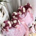 MÁLYVACSODA - menyasszonyi, esküvői körcsokor, Esküvő, Otthon, lakberendezés, Kaspó, virágtartó, váza, korsó, cserép, Esküvői csokor, Virágkötés, Gyönyörű habrózsák harmonikus összefonódása, csipke és gombok és madzag kiegészítők elegye teszi kül..., Meska