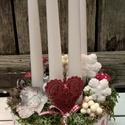 Adventi asztaldísz, piros-fehér., Dekoráció, Otthon, lakberendezés, Ünnepi dekoráció, Virágkötés, Karácsonyi asztaldísz - minden darab, kézzel - szívvel készítve csak NEKED! Tartós anyagokból készü..., Meska