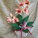 Orchidea cserépben, Dekoráció, Esküvő, Nászajándék, Papírművészet, Virágkötés, Gondos kézimunkával készült, virágzó orchidea  (az egyik szálon 4 teljesen nyílt, egy bimbós, a más..., Meska