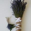 Mennyegzői levendula csokor kitűzővel, Esküvő, Esküvői csokor, Esküvői dekoráció, Virágkötés, Varrás, Friss levendulából kötött menyasszonyi csokor jutaszövettel kötve fehér masnival. Természetesen egy..., Meska