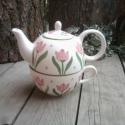 Egyszemélyes tulipános  teás  készlet, Konyhafelszerelés, Otthon, lakberendezés, Bögre, csésze, Kancsó , Kerámia, Festett tárgyak, Fehér agyagból,mázalatti festékkel,egészségre ártalmas anyag mentes mázzal készítettem ezt az 1 sze..., Meska