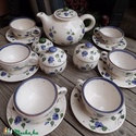 Kékfestő 6 személyes teás-szűrős teáskannával, Konyhafelszerelés, Esküvő, Kancsó , Bögre, csésze, Kerámia, Festett tárgyak, Fehér agyagból,mázalatti festékkel,egészségre ártalmas anyag mentes mázzal készítettem ezt a teás k..., Meska