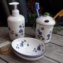 Kékfestő kerámia fürdőszoba szett, Szépségápolás, Otthon, lakberendezés, Szappan, tisztálkodószer, Folyékony szappan, Kerámia, Fehér agyagból,egészségre káros anyagot nem tartalmaz.A felesleges víz apró lukacskákon távozhat. K..., Meska