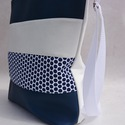 Textilbőr táska, Táska, Mindenmás, Ruha, divat, cipő, Válltáska, oldaltáska, Varrás, RENDELHETŐ , ELKÉSZÍTÉSI IDŐ 1 HÉT !!!!  Textilbőrből és amerikai pamutból készítettem.  A4-es köny..., Meska