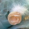 Krém virág csat, Dekoráció, Hajbavaló, Hajcsat, Mindenmás, Minden szirmot egyenként kézzel vágtam és égettem, hogy szép hullámos hatást kapjon! A virág körülb..., Meska