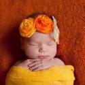 Sárga variációk hajpántra, Ruha, divat, cipő, Hajbavaló, Hajpánt, Varrás, Ékszerkészítés, Csodás sárgák kavalkádja! A két, kézzel készített selyemrózsa kb.5 cm átmérőjű.A narancssárga rugal..., Meska