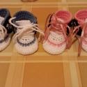 Horgolt baba cipő., Baba-mama-gyerek, Ruha, divat, cipő, Baba-mama kellék, Cipő, papucs, Horgolás, Horgolt baba cipő használható kocsicipőnek,fényképezéshez.Pamut fonalból készültek.Talpméret 8cm.Kis..., Meska