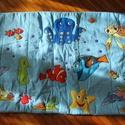 Tengeri állatkás falvédő gyerekszobába 120x70 cm, Baba-mama-gyerek, Otthon, lakberendezés, Gyerekszoba, Falvédő, takaró, Varrás,     A képen látható falvédő igazándiból mintául szolgál hasonló tenger állatkái témában falvédőhöz...., Meska