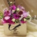 Asztaldísz,dekoráció minőségi selyem - és művirágokból., Dekoráció, Otthon, lakberendezés, Dísz, Kaspó, virágtartó, váza, korsó, cserép, Virágkötés, Különleges asztaldísz minőségi kellékekből. Legyen asztalod,üzleted,irodád tartós dísze. Az ár az e..., Meska