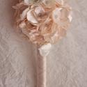 Vintage menyasszonyi csokor,örök csokor,különleges és romantikus esküvőre., Dekoráció, Esküvő, Esküvői csokor, Ünnepi dekoráció, Virágkötés, Örökké tartó csokrok  Gyönyörű vintage menyasszonyi csokor,csipkével,szaténnal,muszlinnal,virágokka..., Meska