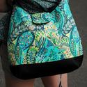Textilbőr válltáska designer textillel díszítve, Táska, Válltáska, oldaltáska, Varrás, Fekete színű textilbőr és amerikai designer textil felhasználásával készült ez a táska, patenttal z..., Meska