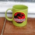 Jurassic park bögre, Konyhafelszerelés, Bögre, csésze, Gyurma, Kerámia bögrére készítettem ezt a mintát süthető gyurmából. :) Ez a termék megrendelésre készült, d..., Meska