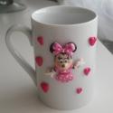 Minnie Mouse bögre, Konyhafelszerelés, Bögre, csésze, Gyurma, Kerámia bögrére készítettem ezt a mintát süthető gyurmából. Egyedi kézműves termék., Meska