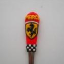 Ferrari kanál, Konyhafelszerelés, Gyurma, Süthető gyurmából kézzel készített Ferrari logóval díszített kanál. A kanál minőségi rozsdamentes a..., Meska