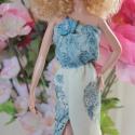 Koszorúslány Barbie ruha, Baba-mama-gyerek, Játék, Ruha, divat, cipő, Baba, babaház, Varrás, Szolíd, elegáns, vajszínű alapon virágmintás, lenge kisruhát varrtam, mely engem a gyönyörű koszorú..., Meska
