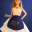 Takaros magyaros Barbie ruha, Baba-mama-gyerek, Játék, Ruha, divat, cipő, Baba, babaház, Varrás, Bájos menyecske ruha pörgősszoknyával! ;)  Mindenféle testalkatú Barbie babára könnyen ráadható dar..., Meska