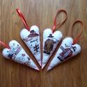 Karácsonyi filc óriás szívek, Dekoráció, Karácsonyi, adventi apróságok, Ünnepi dekoráció, Ajándékkísérő, képeslap, Karácsonyi dekoráció, Varrás, 100% kézzel varrt filc szívek, flizzel töltve.  KB 16 cm hosszú. Hátulja piros filc. Szeretettel aj..., Meska